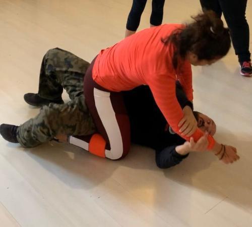women self-defenses